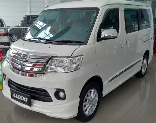 Promo Daihatsu Luxio 2018